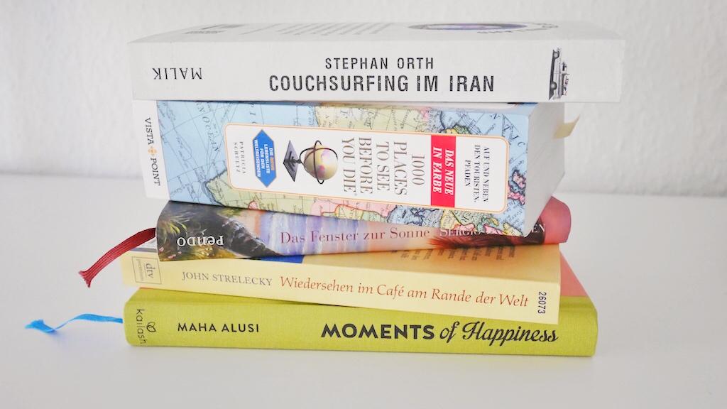 Minimalismus für Anfänger- wo werde ich ausgemistete Gegenstände los? Bücherstapel