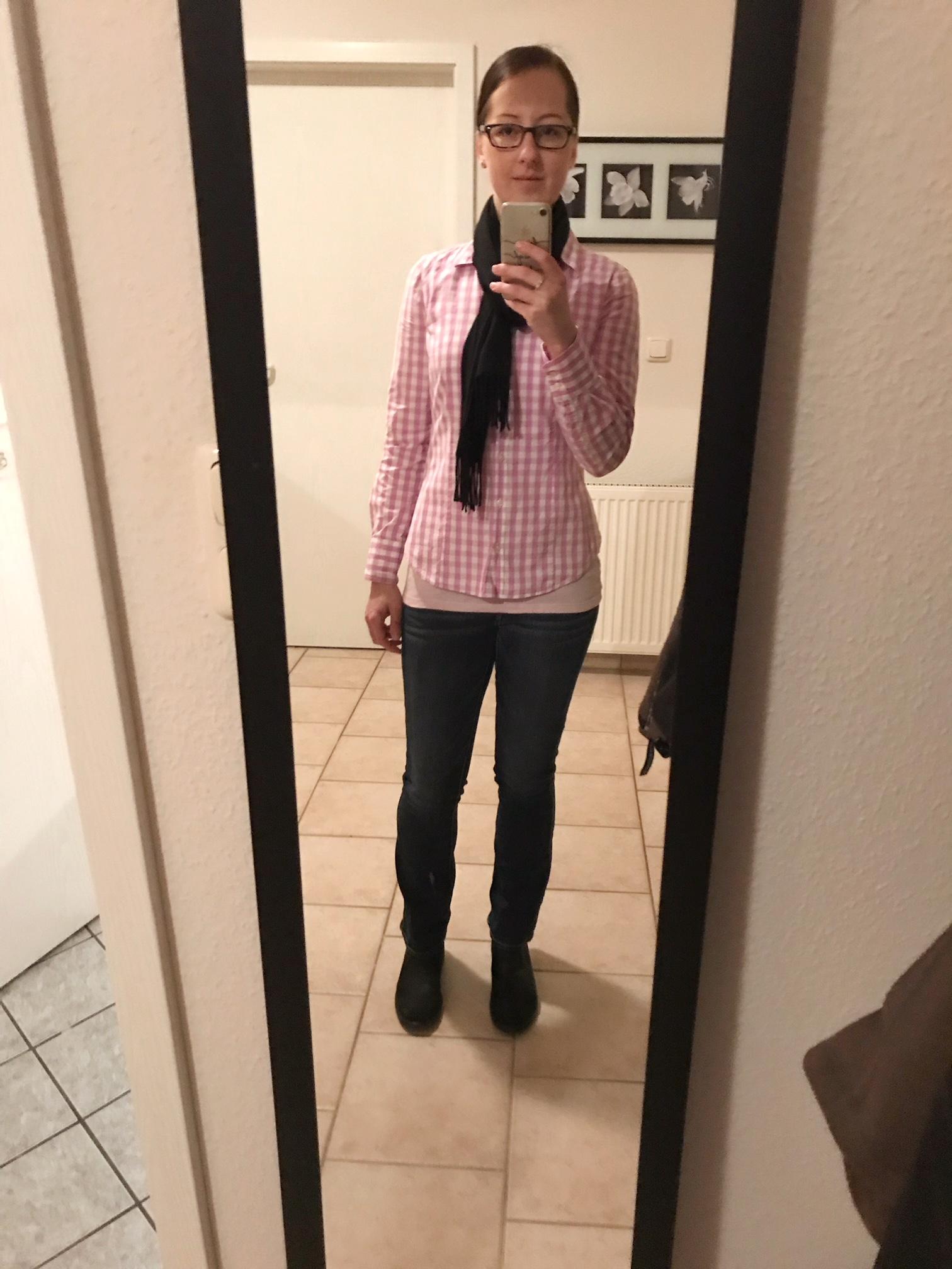 Kleiderschrank- Experiment: Woche 1 und 2 Freitag 9. Februar