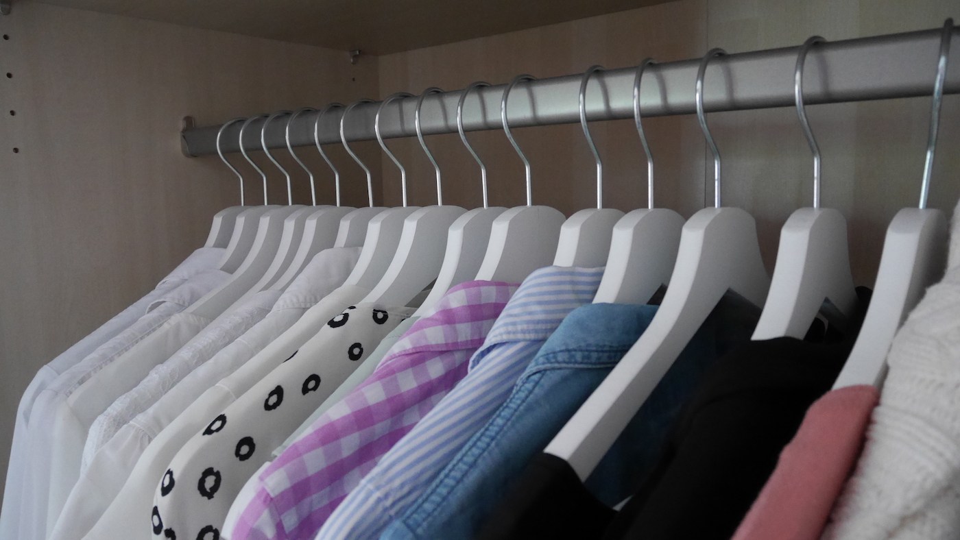 Ordnung im Kleiderschrank_Angebot