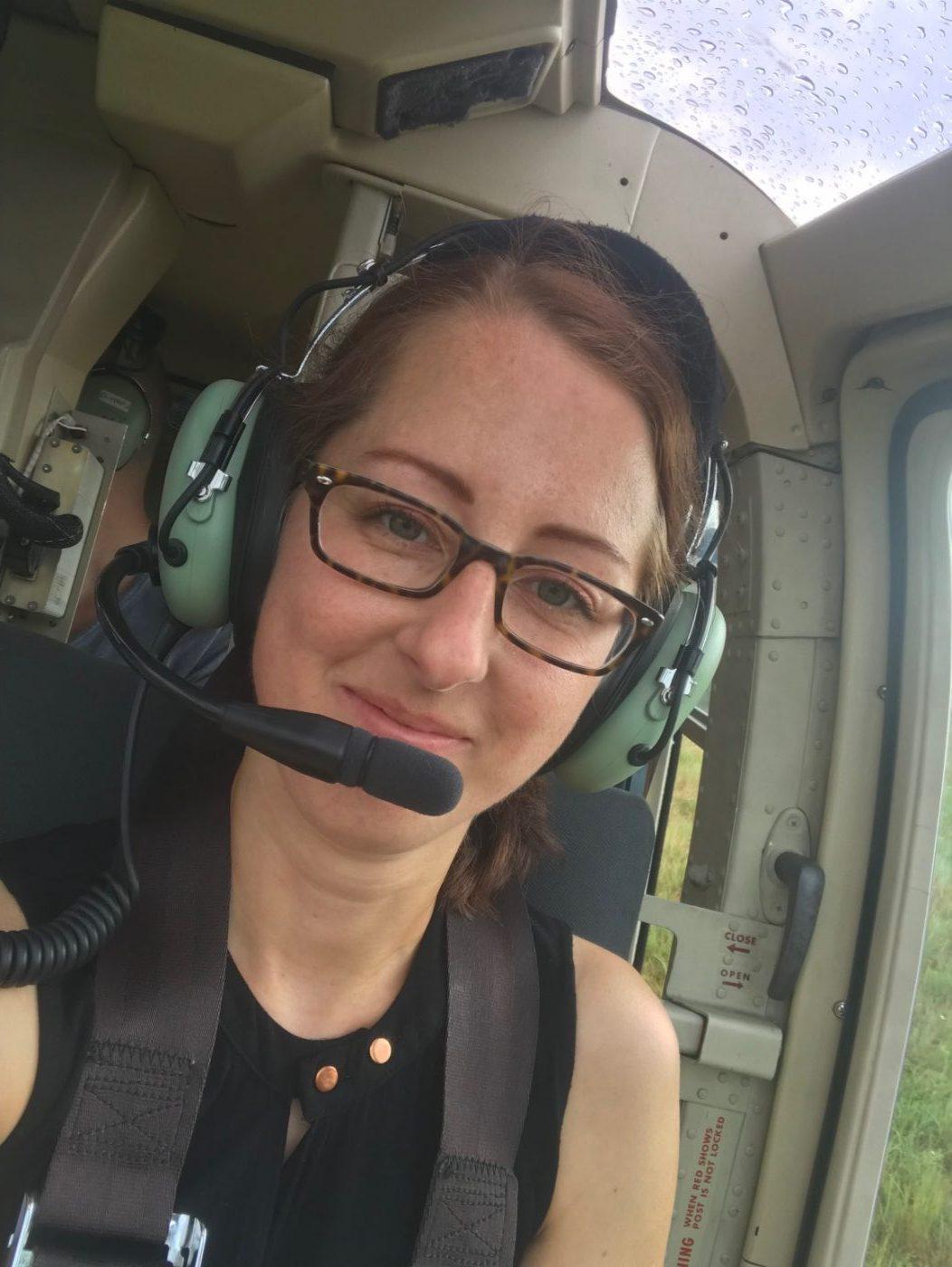 Copilot bei Helikopterflug