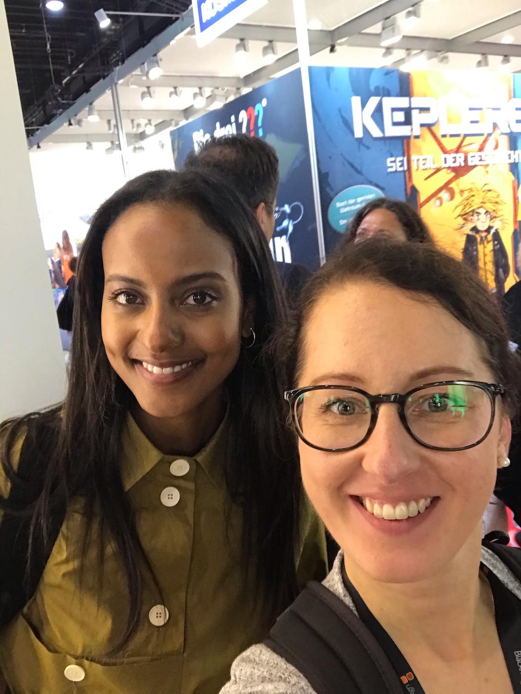 Selfie mit Sara Nuru auf der Frankfurter Buchmesse