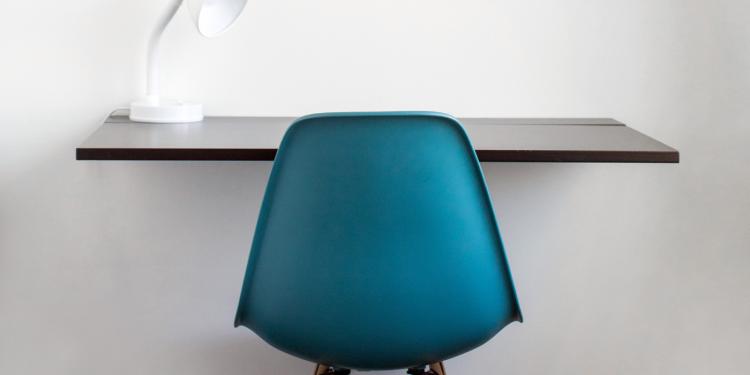 Minimalismus am Arbeitsplatz- stressfreier und konzentrierter Arbeiten