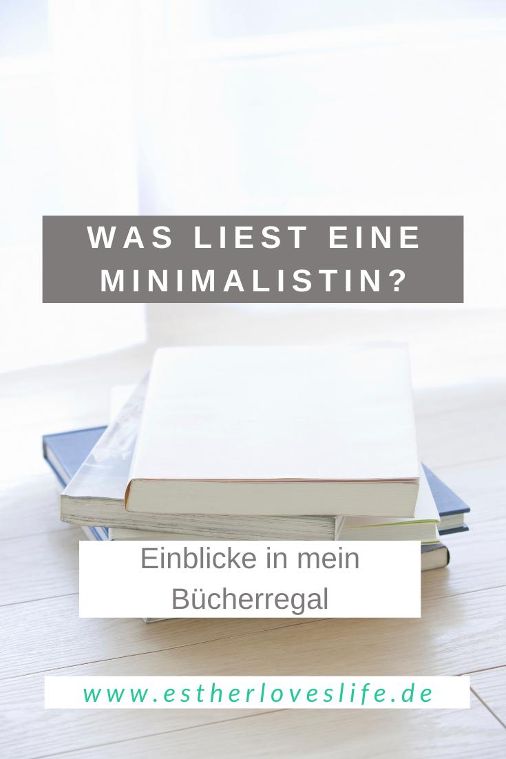 Minimalismus, lesen, Minimalistin, Stapel ungelesener Bücher