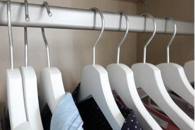 Kleiderschrank ausmisten – Meine Vorgehensweise und was ich los gelassen haben